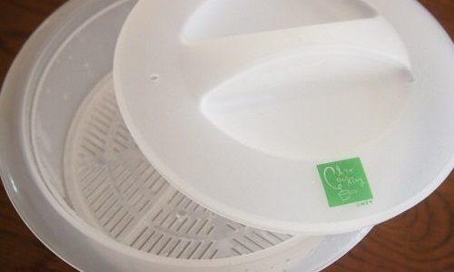 なつかしの「伊藤家の食卓」裏ワザCooking用品、レンジ容器1号がなかなか使えそう