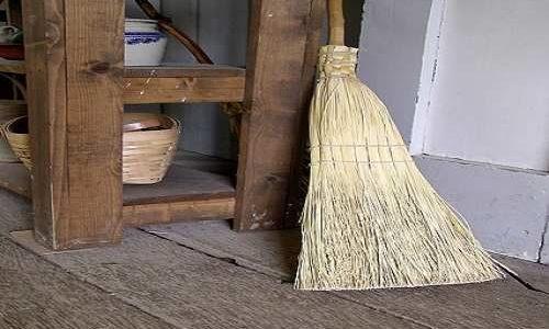 毎日ちょこっと掃除と週末まとめて掃除、どっちがラク?