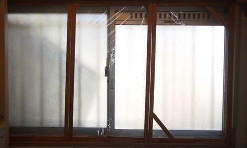 プチDIY!工作的二重窓で防寒・防結露対策。