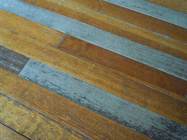 wood-403788_640