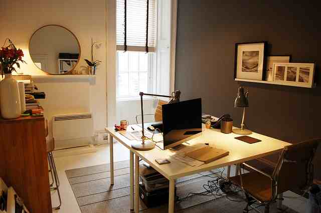 small-office-1034921
