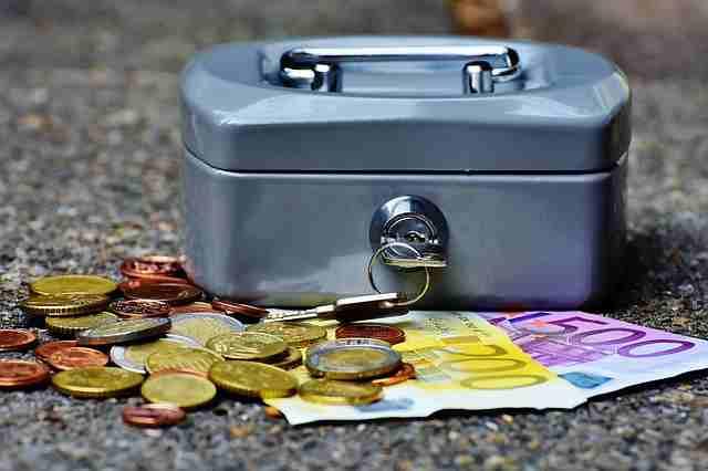 cashbox-1642989