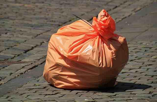 garbage-bag-850874