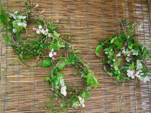tsuru wreath